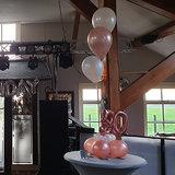 Lovedeco - Bescheiden ballonboeket rosé goud en wit 50 jaar