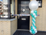 Lovedeco - Elegante ballonpilaar pearl mint groen en pearl wit welcome to your new home