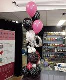 Lovedeco - Cijfer ballonboeket bas 30 jaar zilver, roze, wit en zwart happy birthday