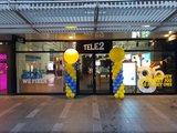 Lovedeco - Standaard ballonpilaar tele2 yellow en periwinkle