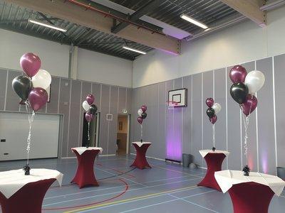 Tros van 4 helium ballonnen