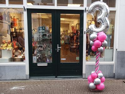 Lovedeco - Luxe ballonpilaar 3 jaar roze en chrome zilver